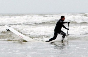 Jon SUP surfing