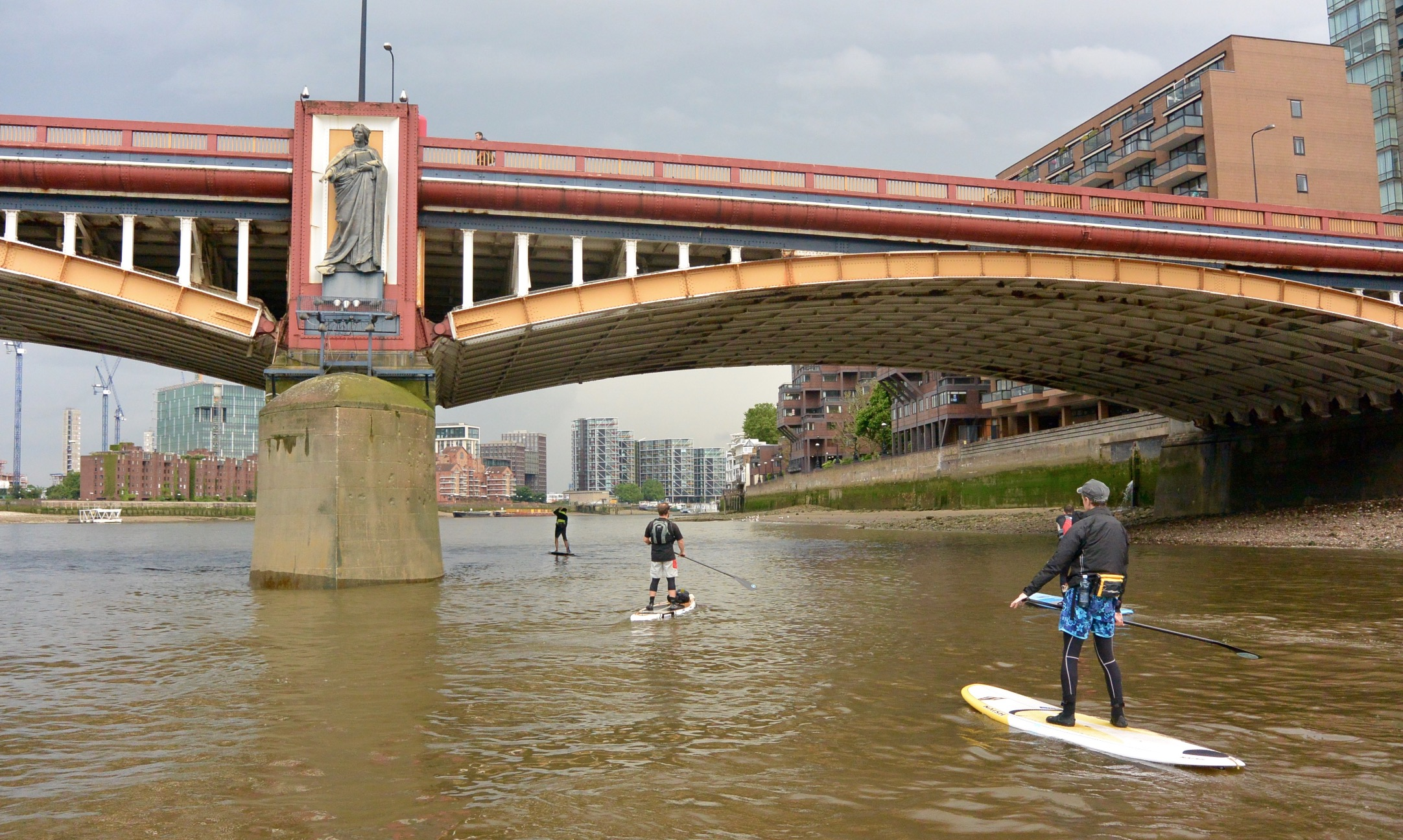 Big Ben London SUP race